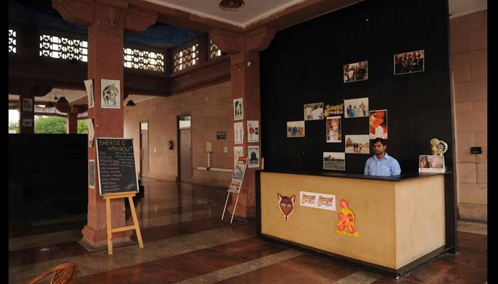 sheroes hangout cafe, women day special