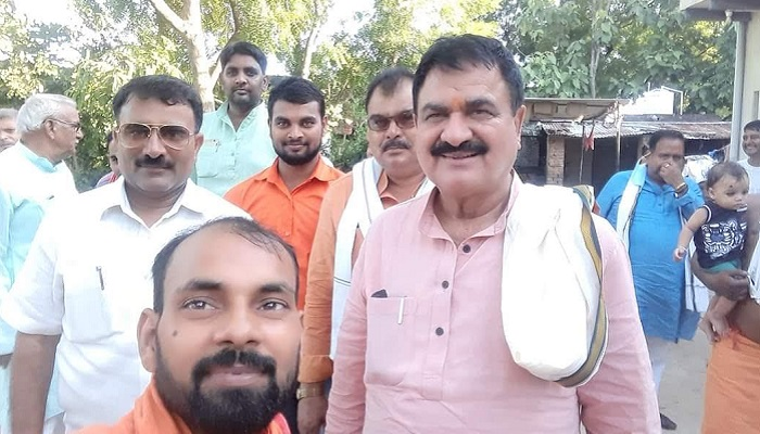 BJP MLA Pindra Awdhesh Singh with workers