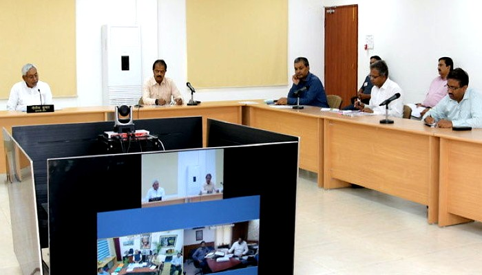 Bihar coronavirus flood situation officials meeting (2)