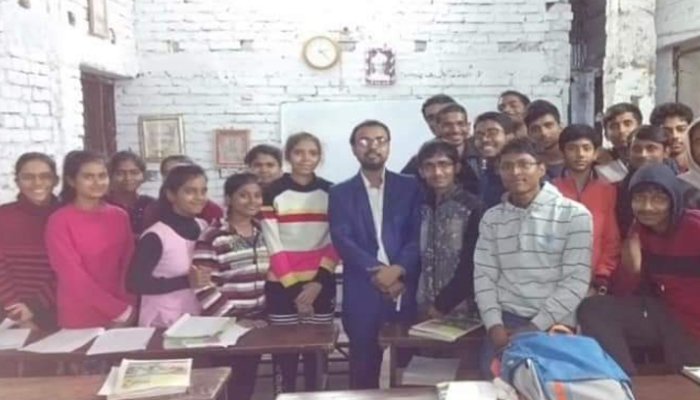 RK Srivastava With Students
