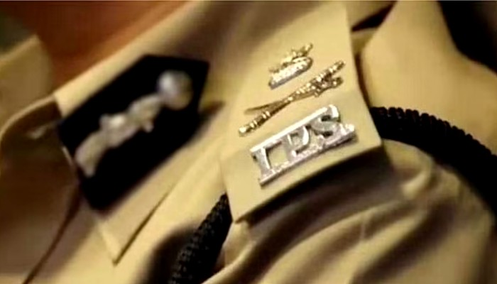 yogi govt changes district SP IPS cadre Dissatisfied over transferred