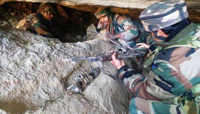 Operation All Out Indian Army destroying militant hideout terrorists surrender in Jammu kashmir (2)