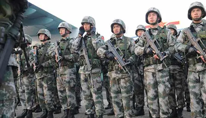 china troops